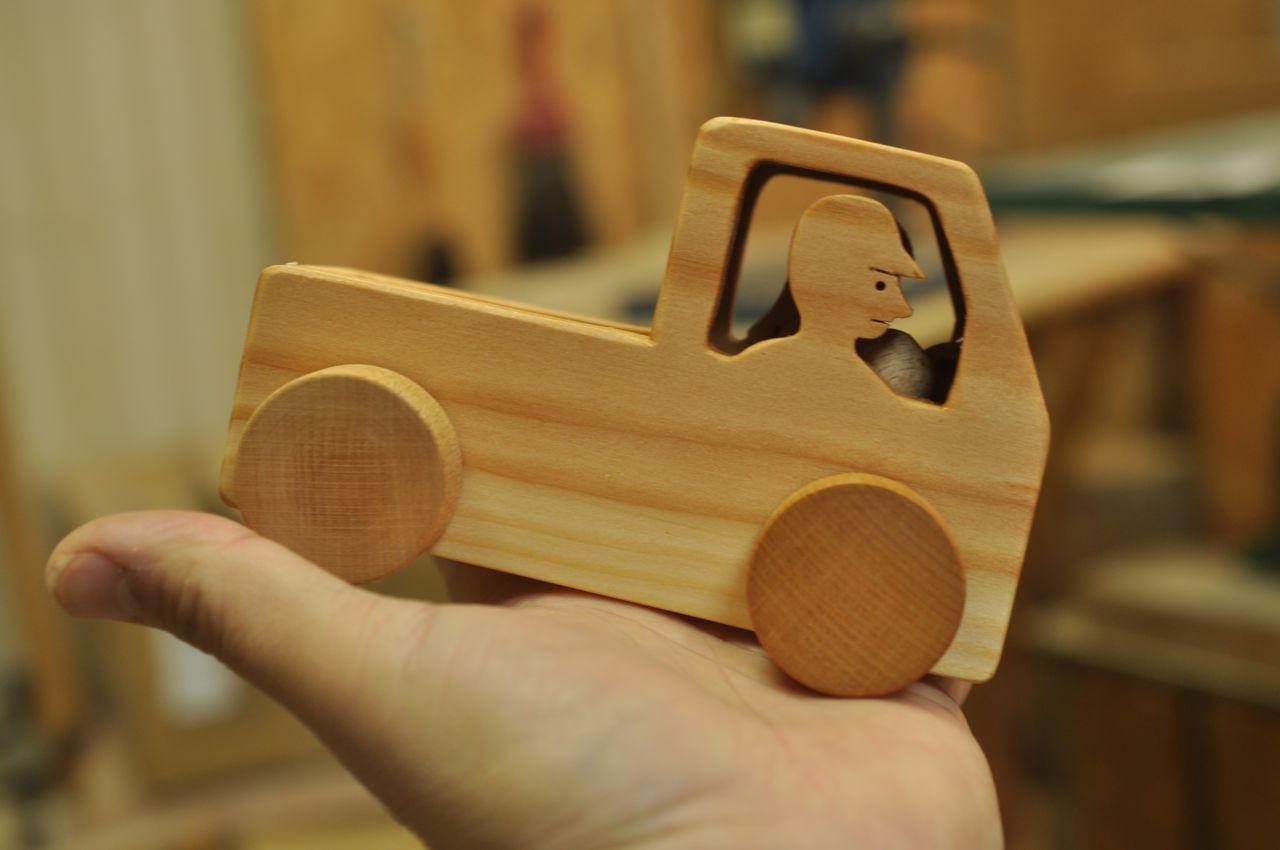 画像4: カラリントラック(運転手と彼女)   カラリントラック(運転手と彼女)